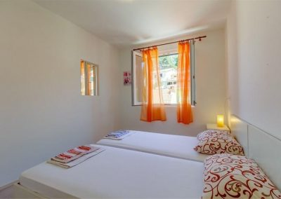 ivana-apartment-losinj-room